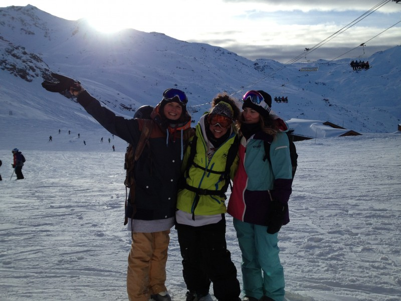 With Marion and Mounia, shooting in Val Thorens - Les Machettes !!