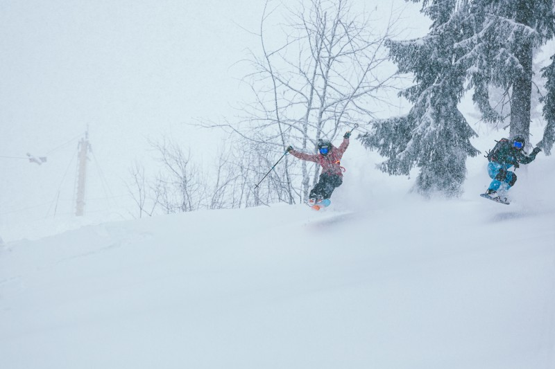 Bad weather is not a problem when you have forests and deep snow. Here with Marion Haerty.